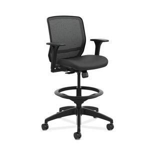 Quotient Mid-Back Ergonomic Mesh Task Chair