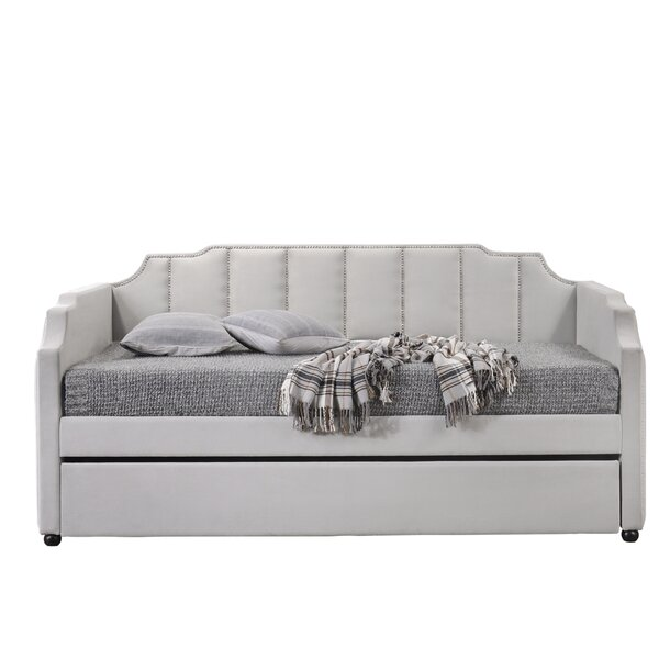 Goulet Twin Daybed with Trundle by Everly Quinn Everly Quinn