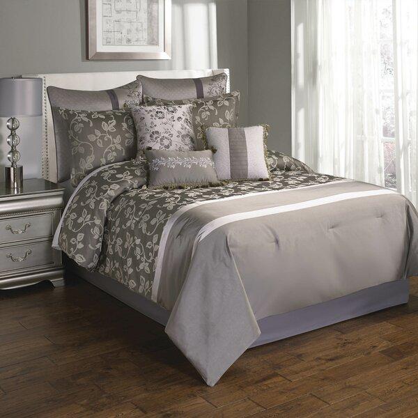 Winans Heston Comforter Set