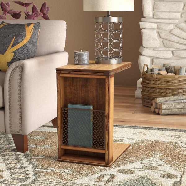 Baggarly End Table by Laurel Foundry Modern Farmhouse