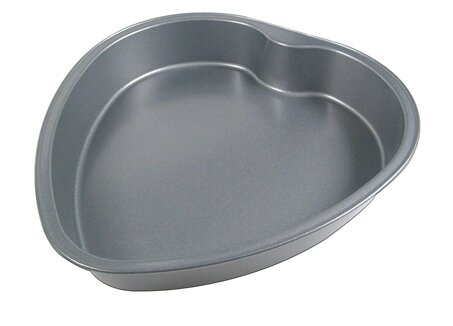La Patisserie Non-Stick Heart Cake Pan by MyCuisina