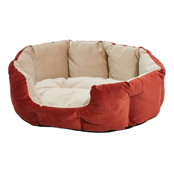 Labrador Quiet Time Deluxe Tulip Pet Bolster by Tucker Murphy Pet
