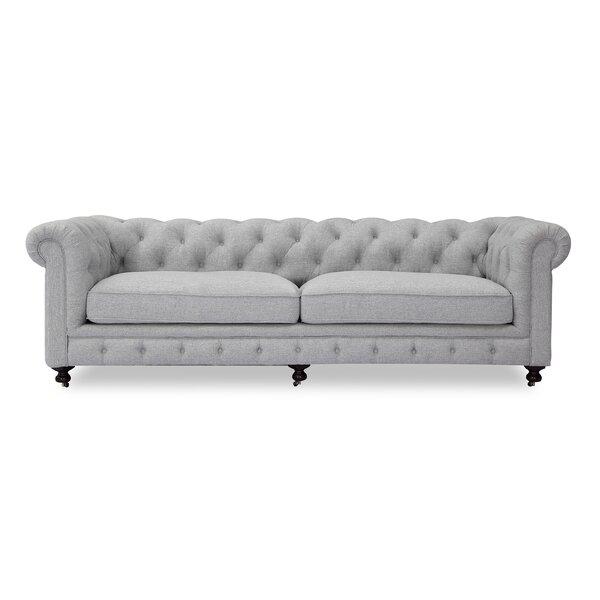 Modern Classic Chesterfield Sofa by Kardiel