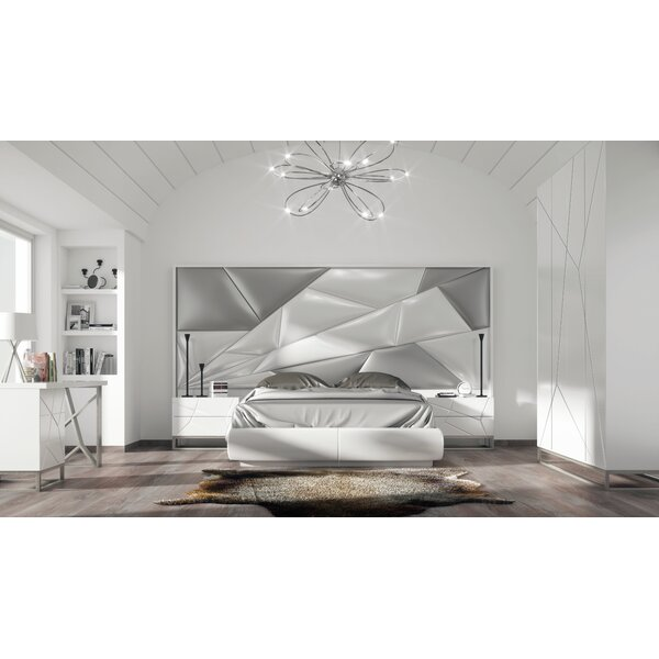 Helotes King Upholstered Platform Bed by Orren Ellis