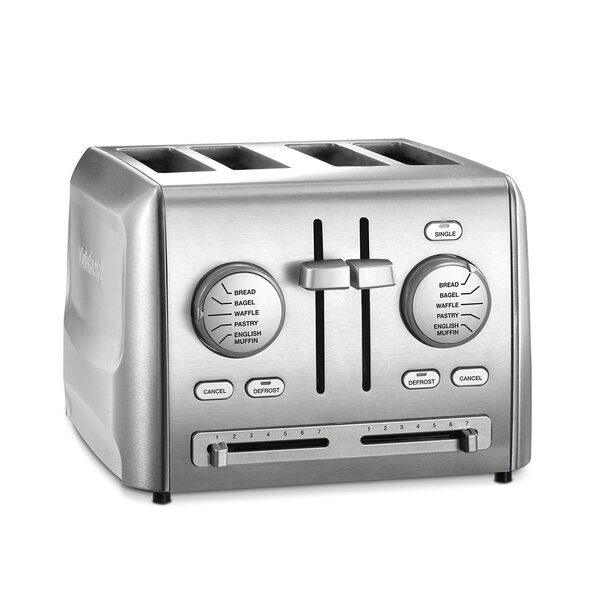4 Slice Toaster by Cuisinart