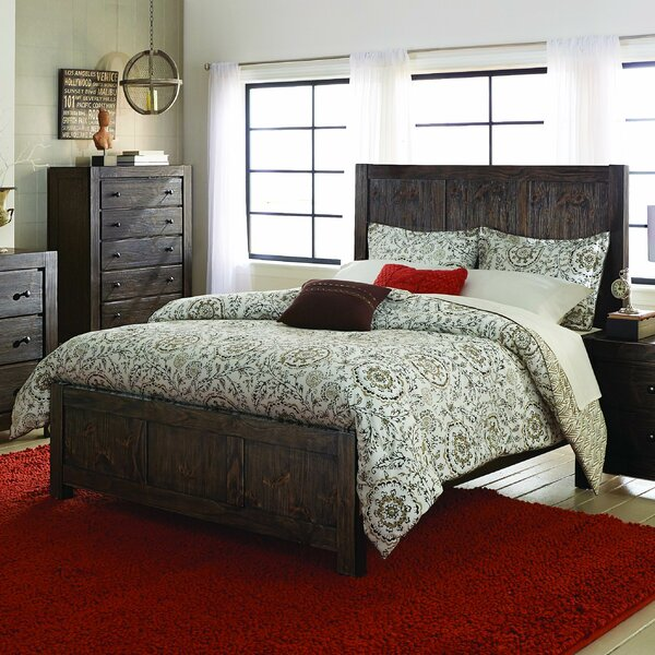 Pelaez Standard Bed by Gracie Oaks
