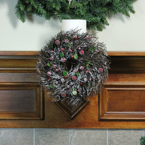Twig with Leaves and Berries Christmas Wreath by Northlight Seasonal