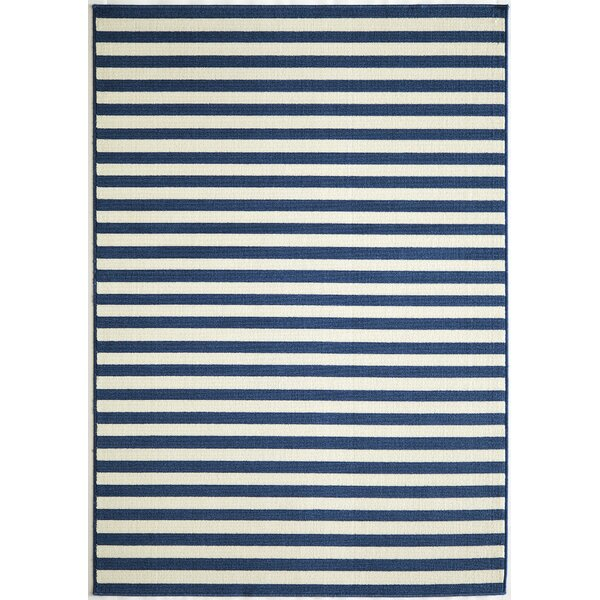 Halliday Navy/Cream Indoor/Outdoor Area Rug by Beachcrest Home