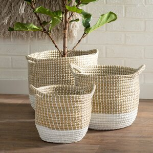 Marvelous Seagrass 3 Piece Basket Set