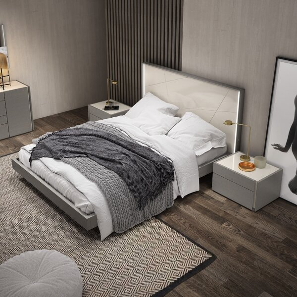 Sintra Platform Bed by J&M Furniture
