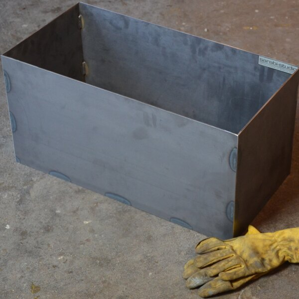Tatami Metal Planter Box by Sarabi Studio