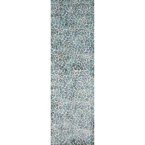 Victoria Blue/Beige Area Rug by World Menagerie