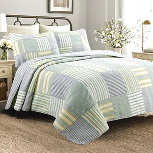 Spa Striped Patchwork Quilt Set