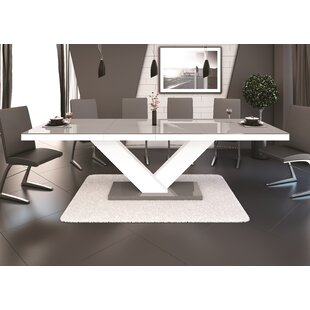 Best Choices Thurmont Extendable Dining Table ByWade Logan