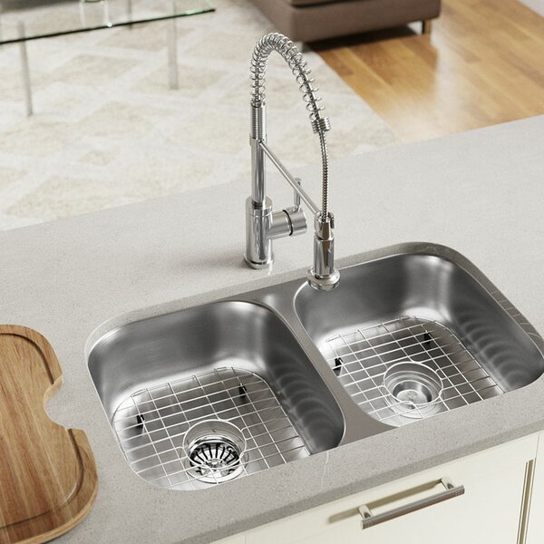 Single Bowl Stainless Steel 32.25 L x 18 W Undermount Kitchen Sink With Additional Accessories by MR Direct