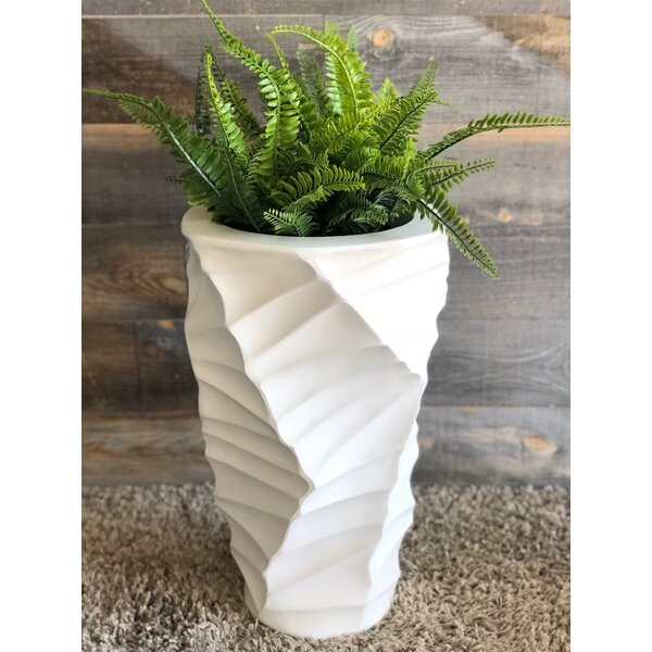 Agee Pot Planter by Highland Dunes
