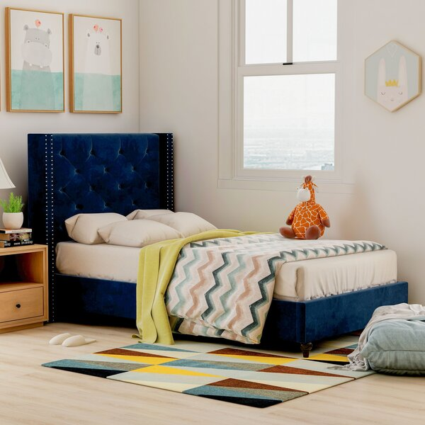 Hasler Upholstered Platform Bed by Mercer41