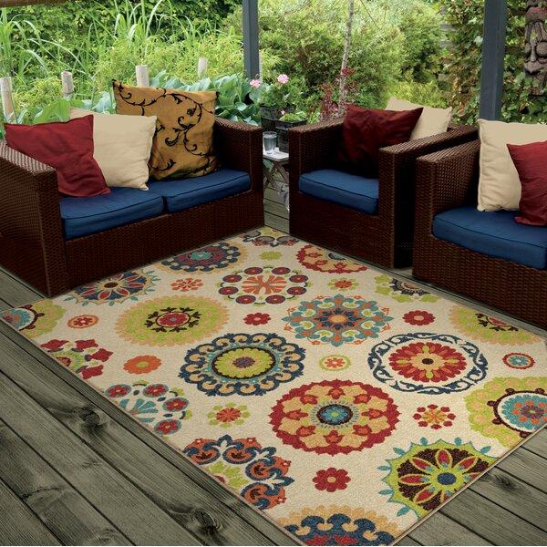 Maen Neutral Cream Indoor/Outdoor Area Rug by Lati