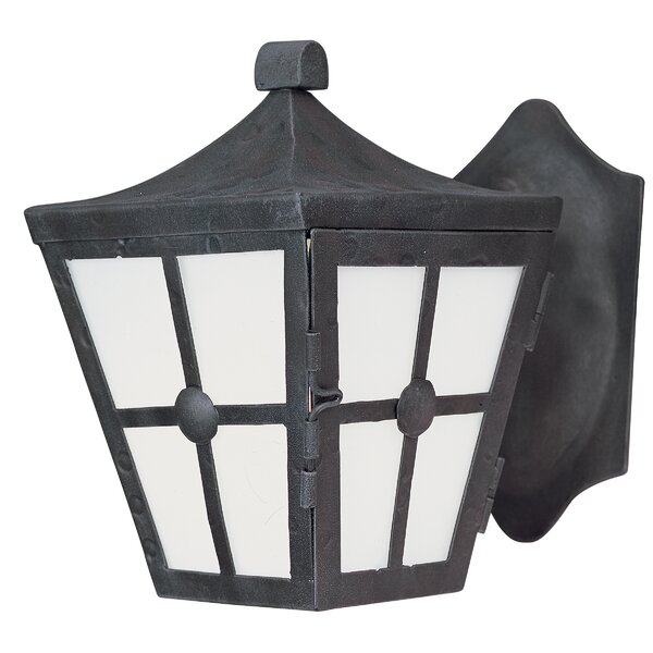 Thomes 1-Light Outdoor Wall Lantern by Longshore Tides