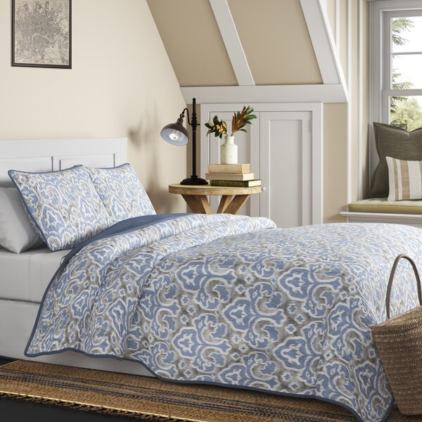 Cape Verde Reversible Quilt Set
