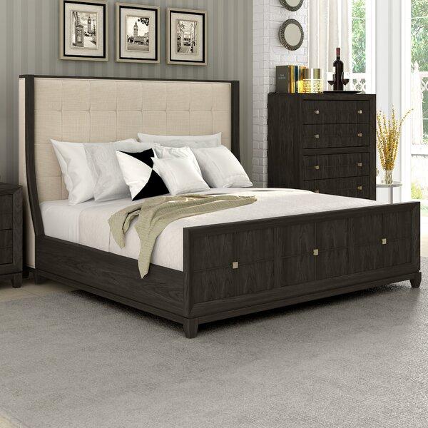 Amabilia Upholstered Platform Bed by Ivy Bronx