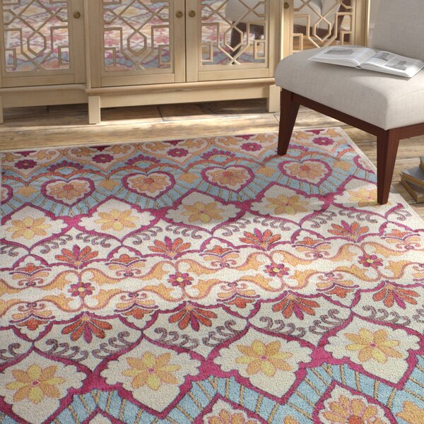 Goldie Traditional Ivory Area Rug by Bungalow Rose