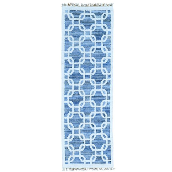 Kilim Hand-Knotted Denim Blue/White Area Rug by Bungalow Rose