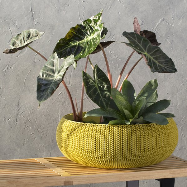 Cozie Knit Plastic Pot Planter by Keter