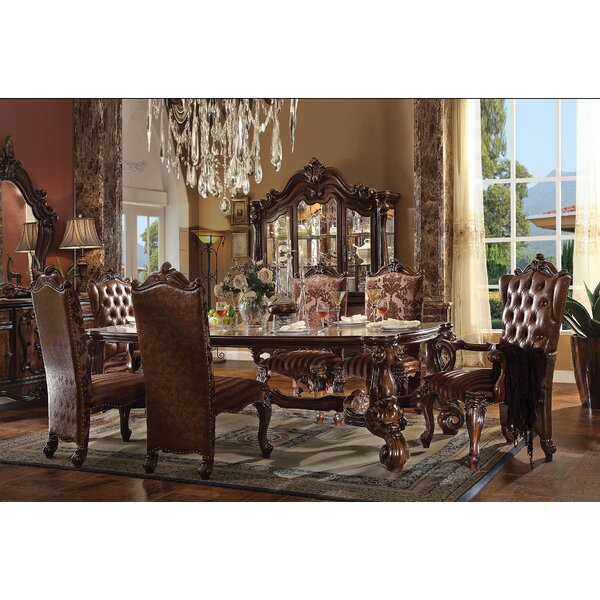 Versailles Dining Table by A&J Homes Studio A&J Homes Studio