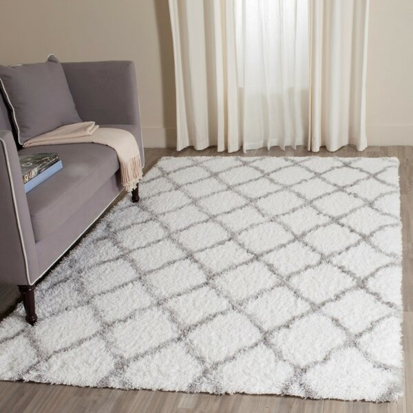 Brimfield Ivory/Gray Area Rug by Charlton Home