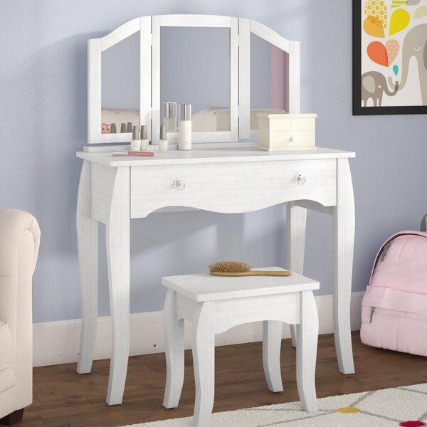 Malachi Bedroom Vanity Set with Mirror by Viv + Rae