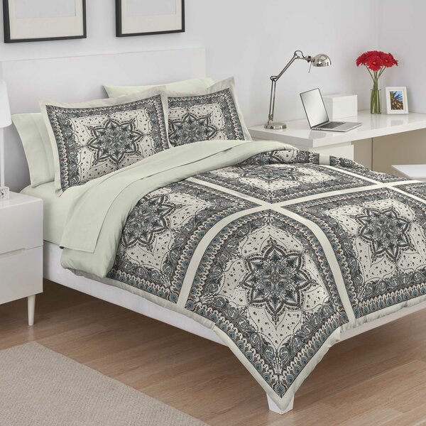 Serafina Reversible Comforter Set by Martex