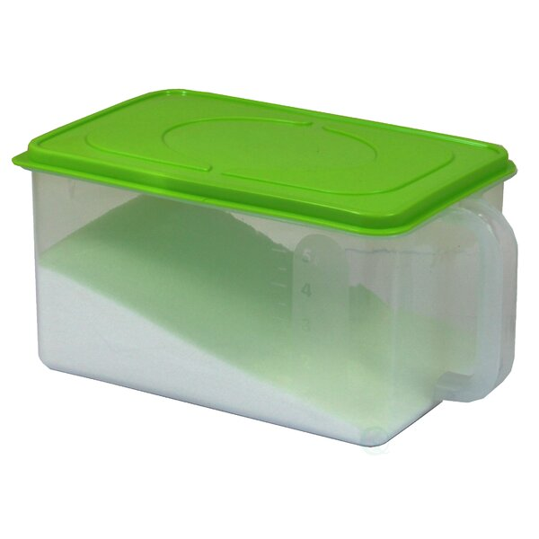 Sealed Food Storage Container by Basicwise