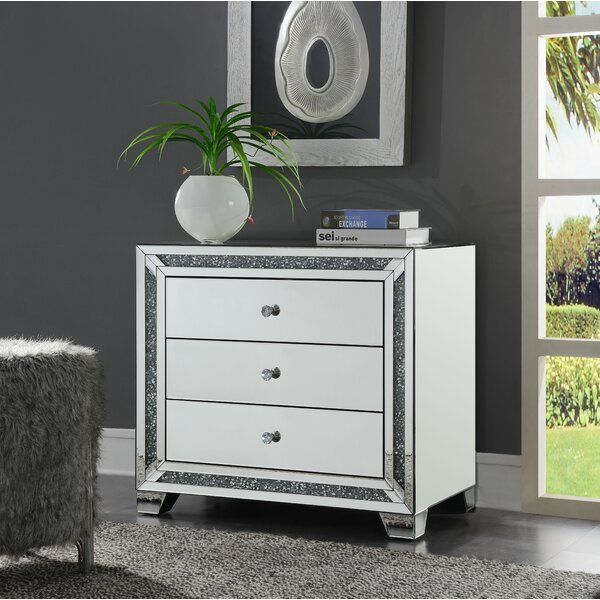 Theroux 3 Drawer Mirrored Accent Chest by Everly Quinn Everly Quinn