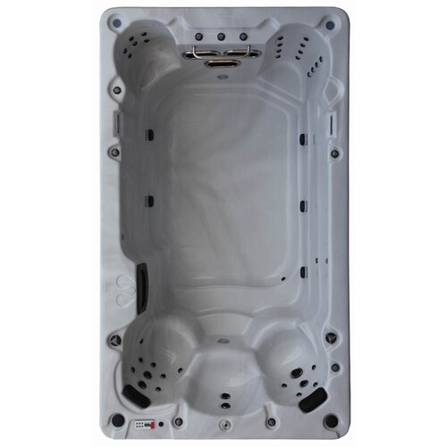 St Lawrence 8-Person 39 Jet Spa Canadian Spa Co