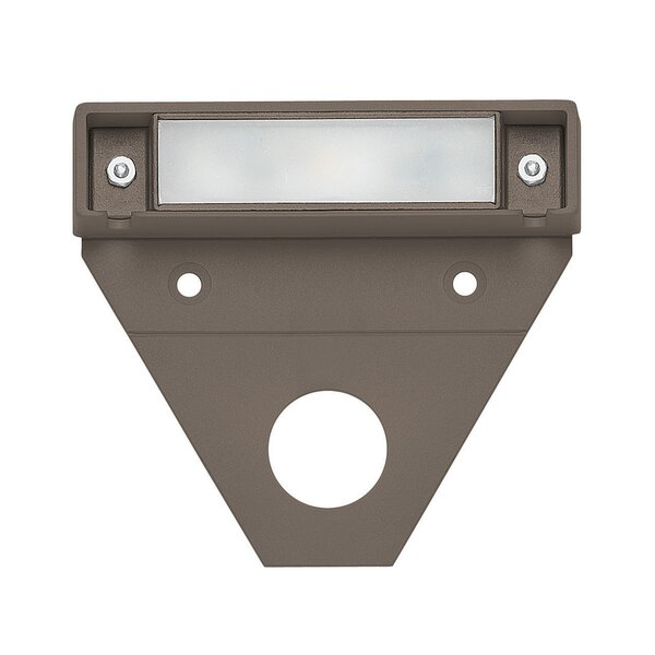 Nuvi LED Landscape Deck Light by Hinkley Lighting