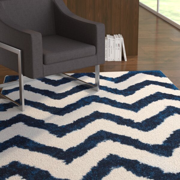 Deveral Hand-Tufted Navy/White Area Rug by Ebern Designs