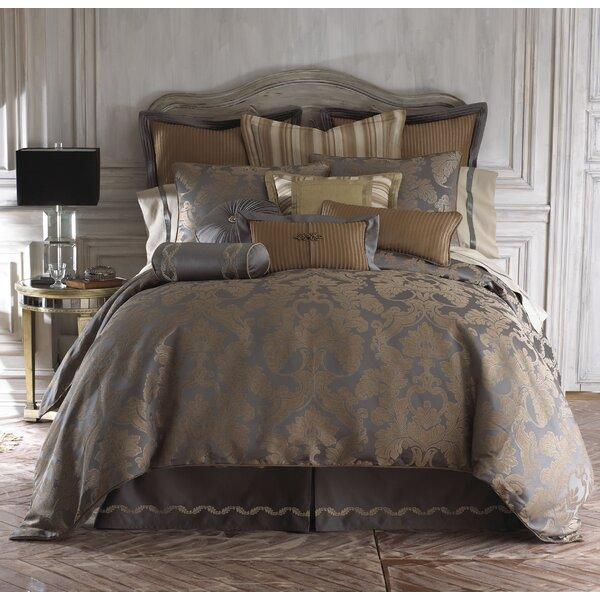 Walton Polyester 4 Piece Reversible Comforter Set