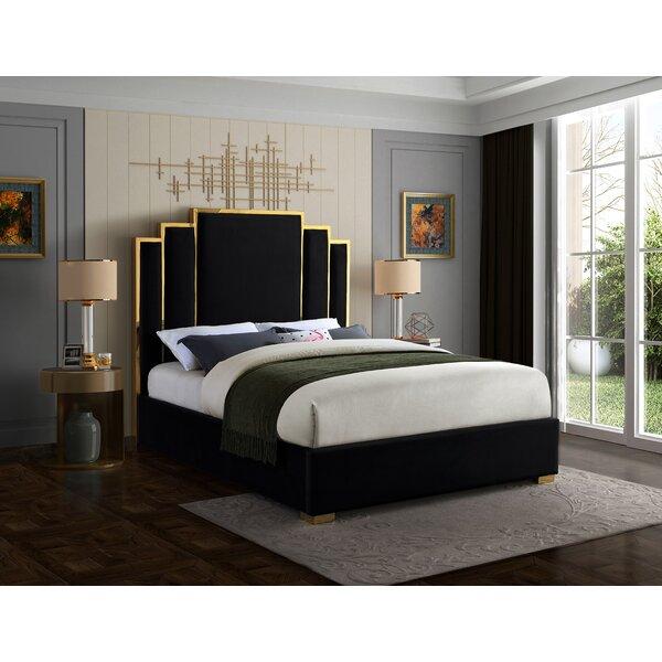 Amaia Velvet Upholstered Platform Bed by Mercer41