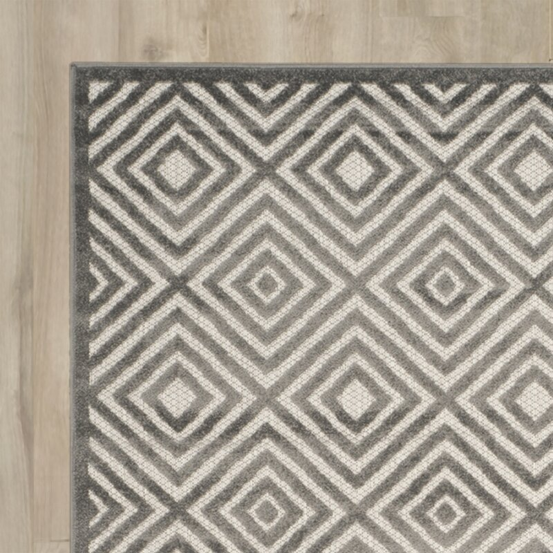 Brayden Studio Mcgruder Cream/Gray Indoor/Outdoor Area Rug ...