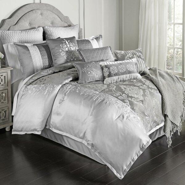 Wimbley Kacee Comforter Set