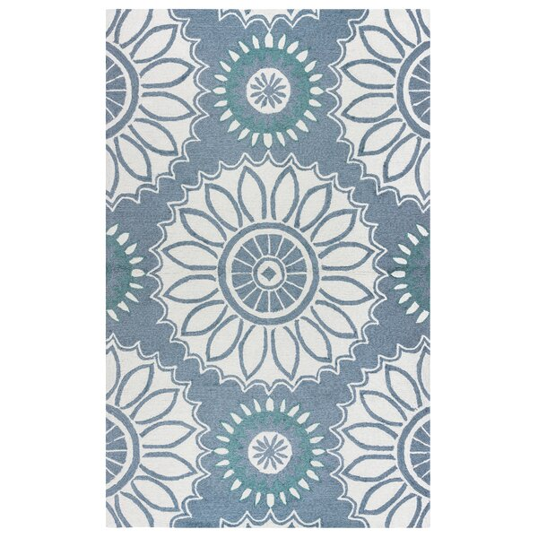 Evangeline Hand-Tufted Gray Floral Indoor/Outdoor Area Rug by Ebern Designs