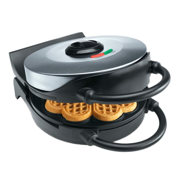 Classic Round Heart Waffler by CucinaPro