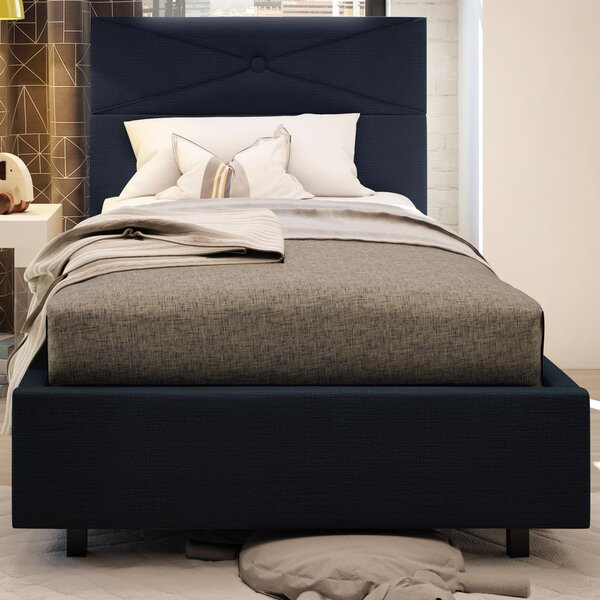 Kinston Upholstered Platform Bed by House of Hampton