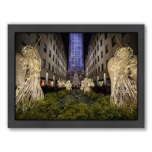 'Christmas Tree' Framed Photographic Print by East Urban Home