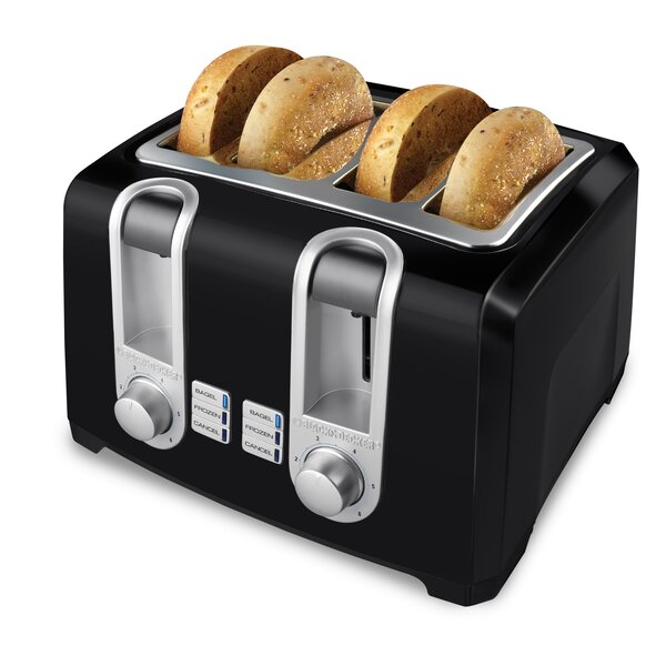 4 Slot 4 Slice Toaster by Black + Decker