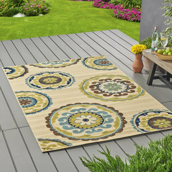 Lecroy Floral Ivory Indoor/Outdoor Area Rug by Red Barrel Studio