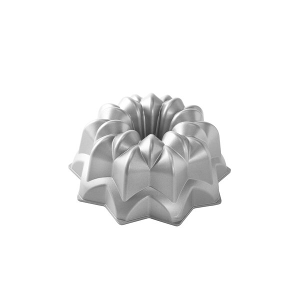 Non-Stick Novelty Star Bundt Cake Pan by Nordic Ware