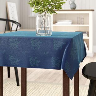 7d49a98d164 Table Cloths