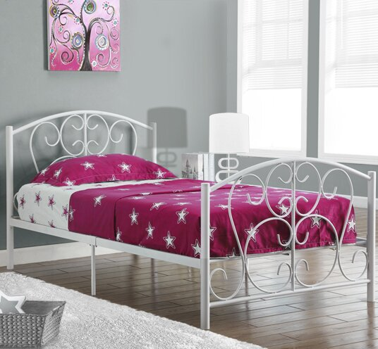 Tacoma Twin Platform Bed by Harriet Bee